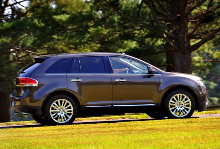 Lincoln MKX (2011-2016)