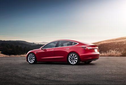 Près du quart des commandes de Tesla 3 annulé