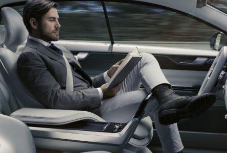 Peut-on vraiment construire des voitures autonomes sans risquer des vies ?