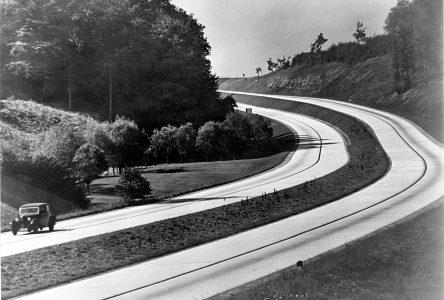 5 juillet 1933 – L'Allemagne met sur pied le projet Autobahn