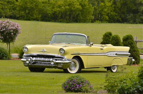 Pontiac Laurentian1957