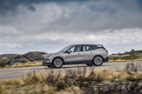 BMW repousse la production de la iX