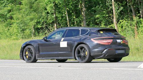 Une version Cross Turismo en préparation pour la Porsche Taycan