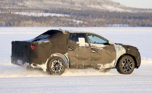 Le Hyundai Santa Cruz en test d'hiver