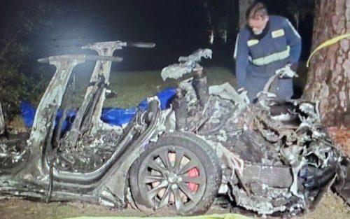 Deux autres décès à bord d'une Tesla