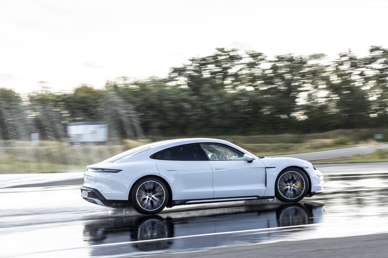Porsche Canada et Turo font équipe pour offrir l'expérience Taycan