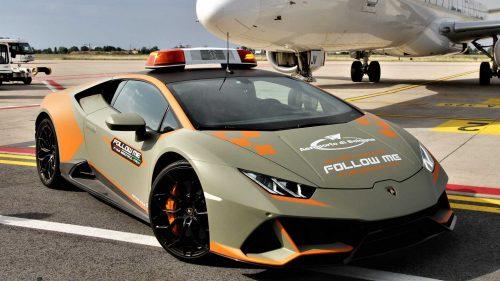 L'aéroport de Bologne reçoit une nouvelle Lamborghini Huracan