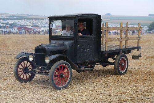 27 juillet 1917: Premier camion Ford