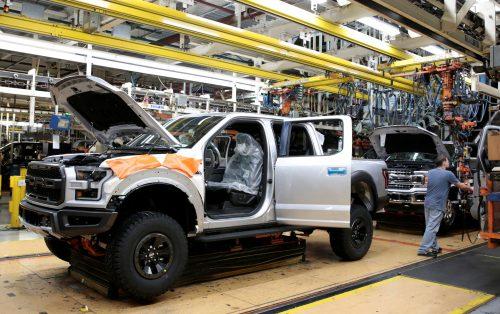 Ford ferme la majorité de ses usines de production en juillet